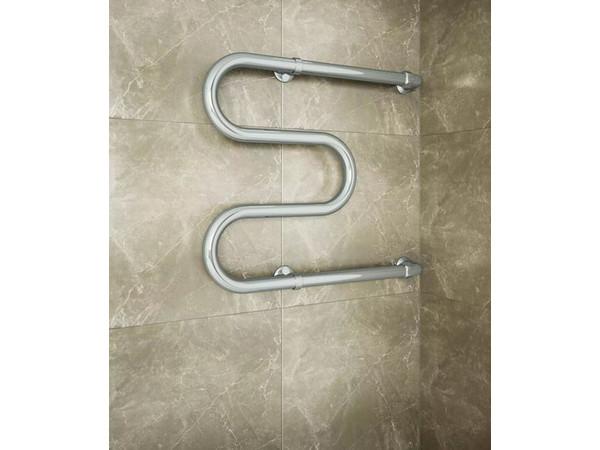 Фото 1338: Водяной полотенцесушитель Terminus М-образной формы 500x600