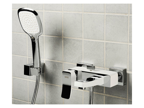 Фото 2181: Смеситель для ванны с коротким изливом Wasserkraft Aller 1061 белый